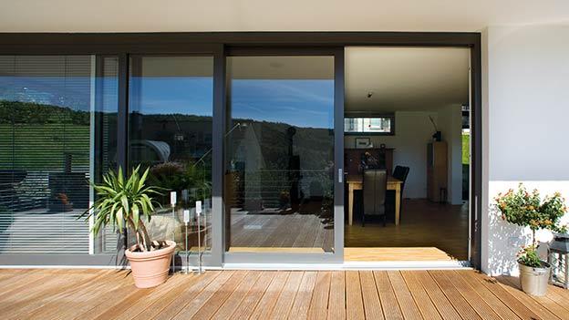 Primer našega vgrajenega okna - Dvižno drsna vrata Bayer PremiDoor