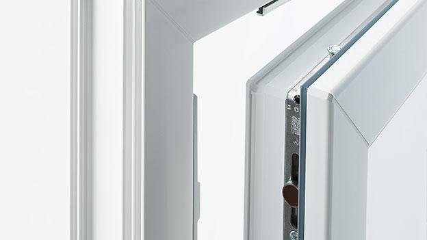 Odlična varnostna okovja - Okno Bayer 88